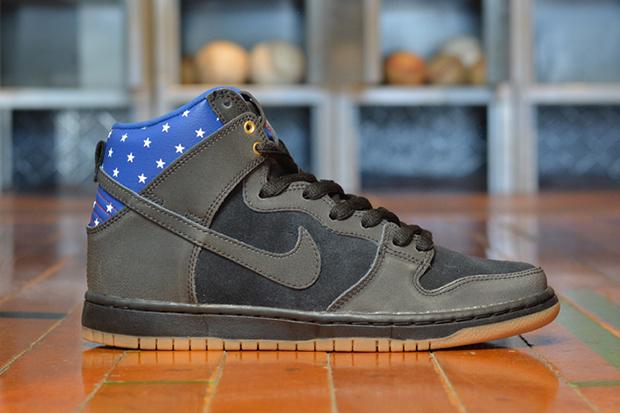 Nike SB Dunk High «Captain America»