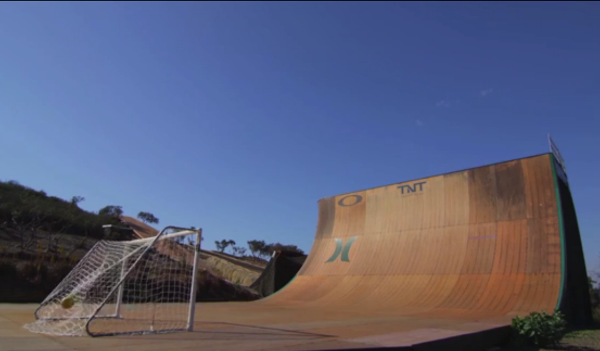 DreamBall par Bob Burnquist : comment allier Football et Skateboard
