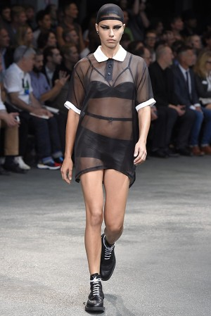 givenchy-springsummer-2015-collection-03-300x450
