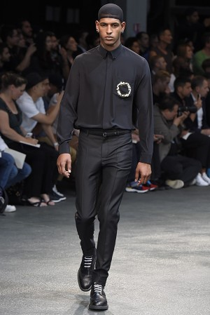 givenchy-springsummer-2015-collection-05-300x450