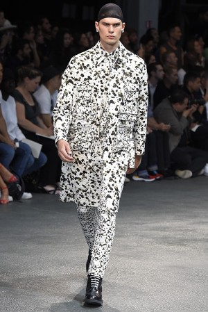 givenchy-springsummer-2015-collection-07-300x450