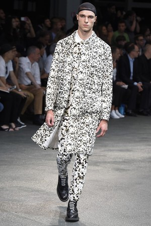 givenchy-springsummer-2015-collection-09-300x450