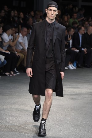 givenchy-springsummer-2015-collection-10-300x450