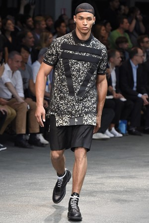 givenchy-springsummer-2015-collection-22-300x450