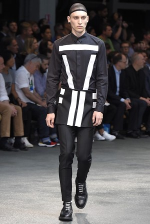 givenchy-springsummer-2015-collection-26-300x450
