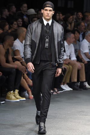 givenchy-springsummer-2015-collection-35-300x450
