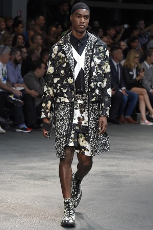 givenchy-springsummer-2015-collection-44-300x450