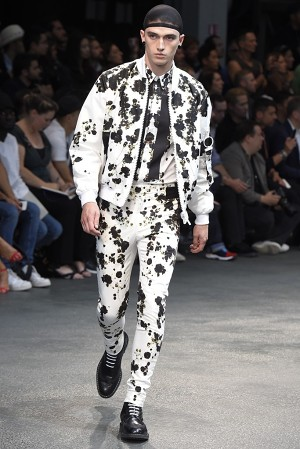 givenchy-springsummer-2015-collection-50-300x450