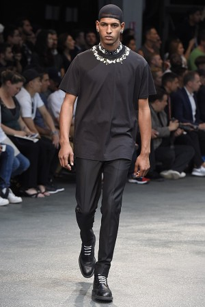 givenchy-springsummer-2015-collection-56-300x450