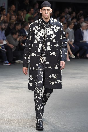 givenchy-springsummer-2015-collection-60-300x450