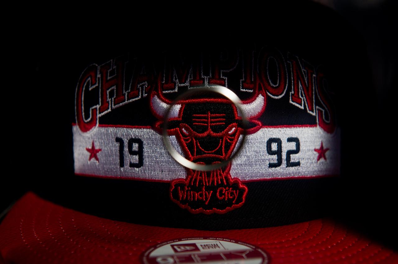 new-era-chicago-bulls-six-championship-collector-pack-4