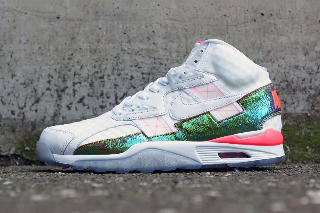 nike-air-trainer-sc-high-prm-qs-hyper-punch-1