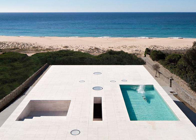 The-House-Of-The-Infinite-Alberto-Campo-Baeza-Modern-Home-Spain-1