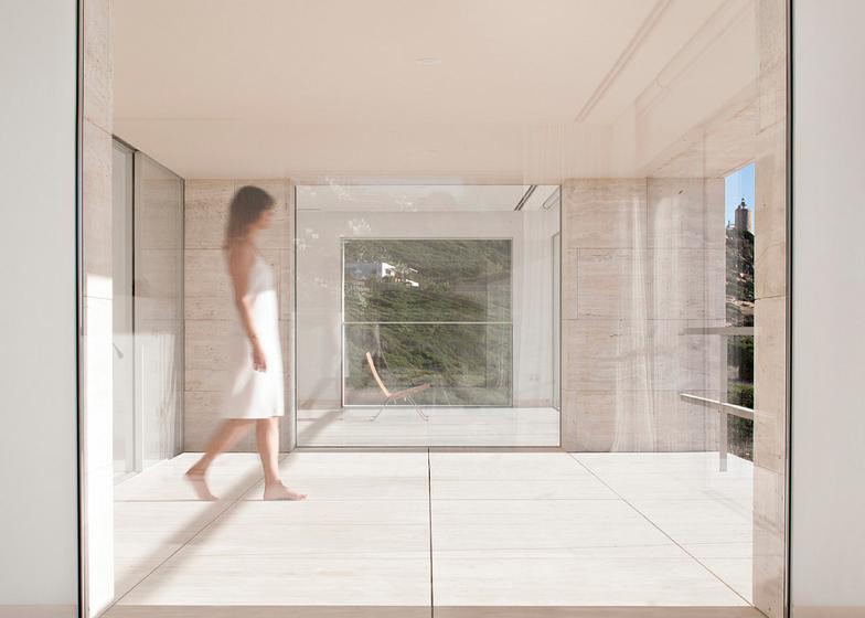 The-House-Of-The-Infinite-Alberto-Campo-Baeza-Modern-Home-Spain-6