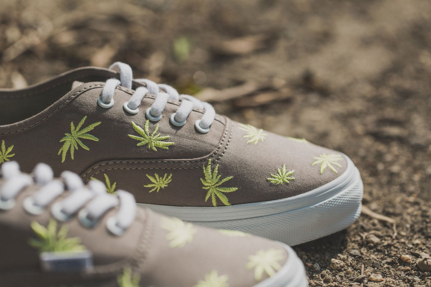 vans-palm-embroidery-5