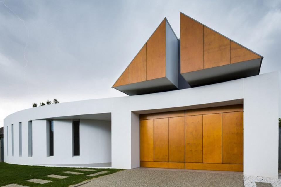 Prestipino-House-by-Max-Pritchard-Architects-02-960x639