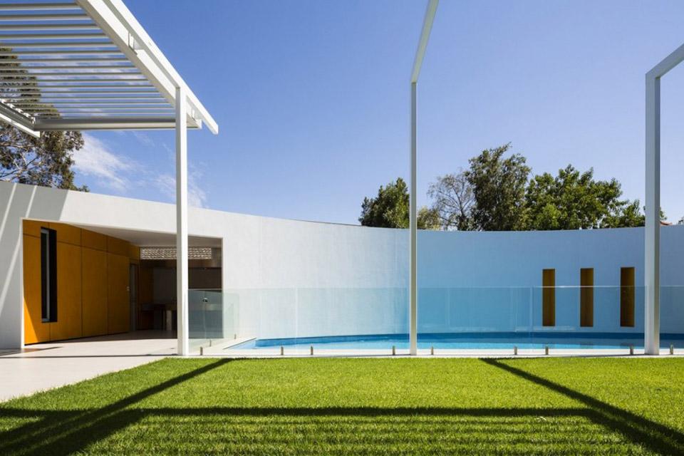 Prestipino-House-by-Max-Pritchard-Architects-04