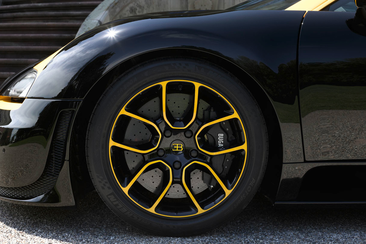 bugatti-veyron-grand-sport-vitesse-1-of-1-3