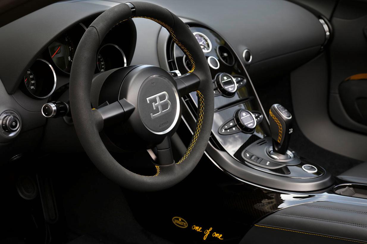 bugatti-veyron-grand-sport-vitesse-1-of-1-5