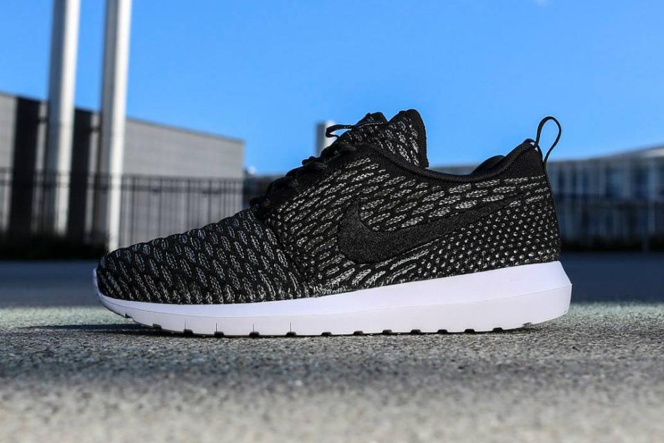 Nike Roshe Run Flyknit NM «Black / Sequoia»