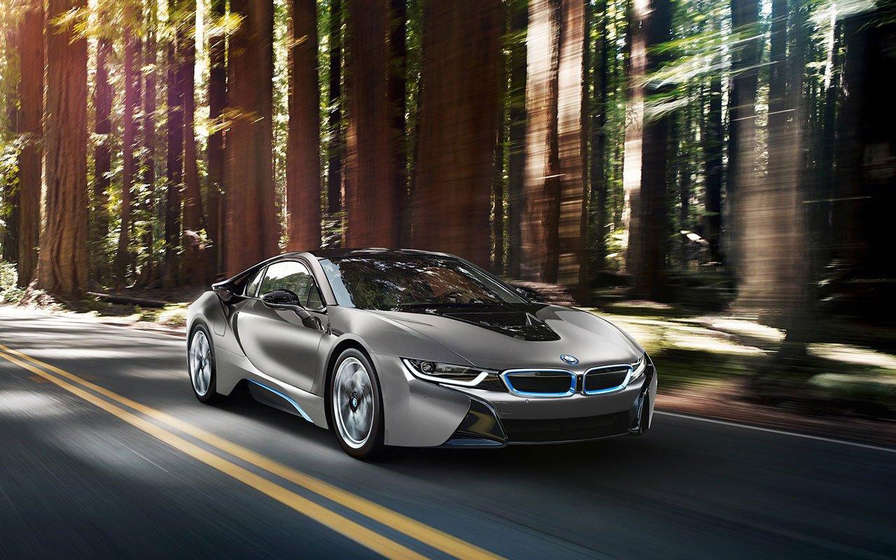 Une édition spéciale de la BMW i8 vendue à Pebble Beach