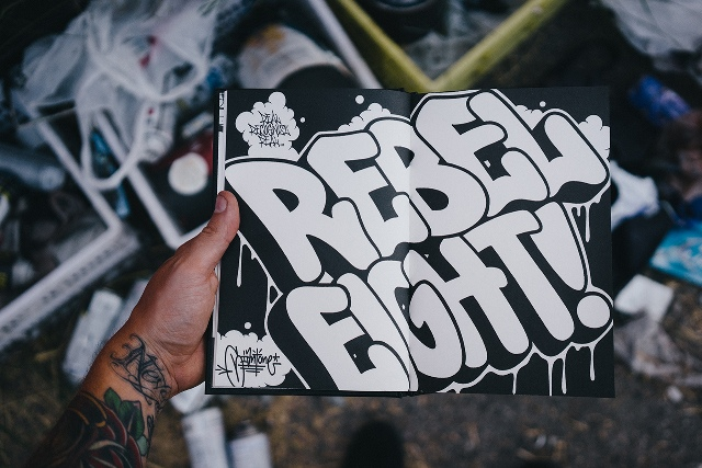 REBEL8 Giant Blackbook Mike Giant
