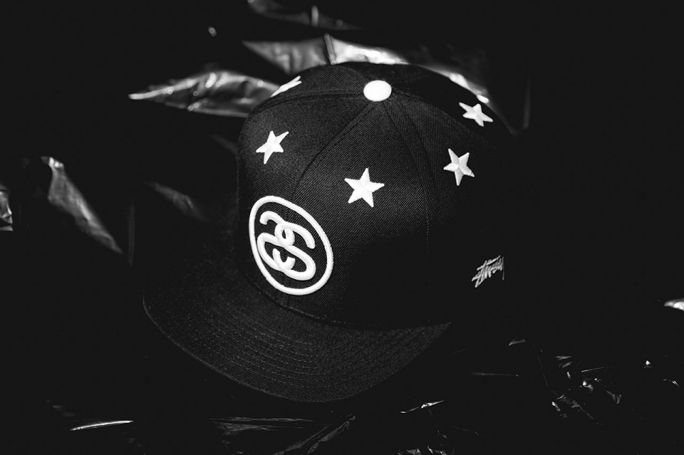 Stussy présente la snapback «six-stars»