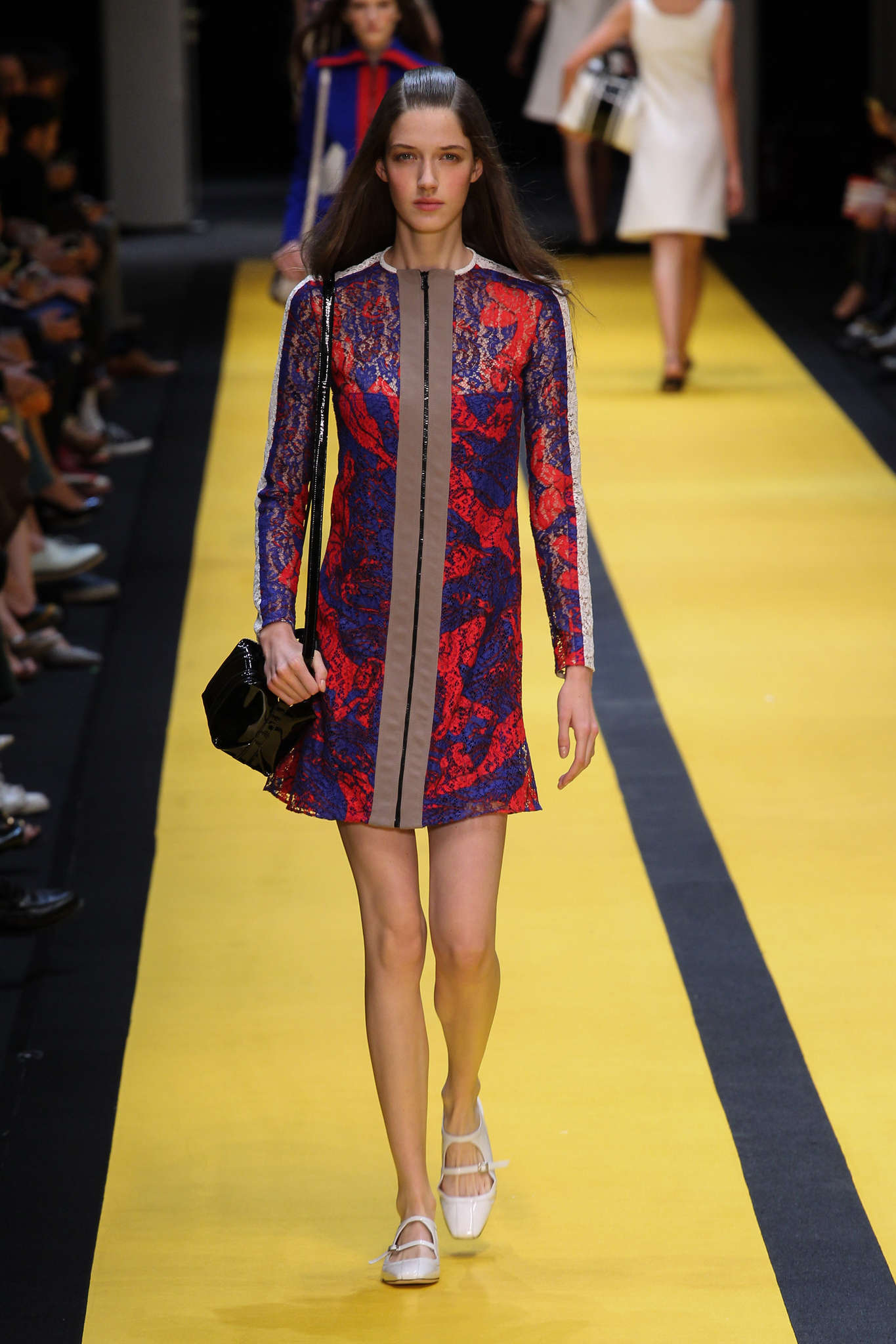 Carven - Collection Printemps/Eté 15 on Trends Periodical