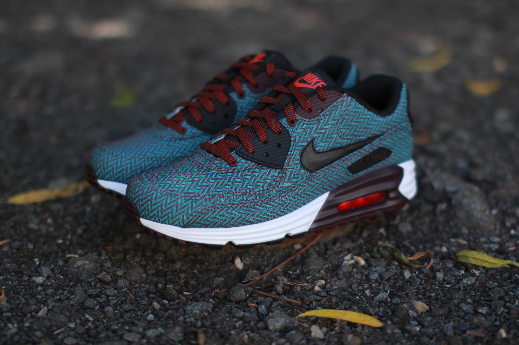 nike air max lunar 90 suit and tie