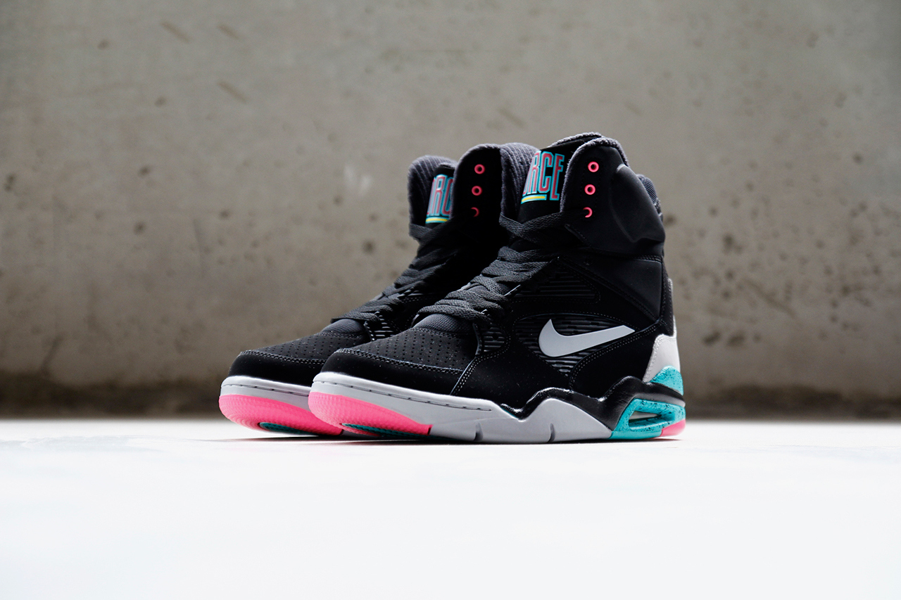 """Nike Air Command Force """"spurs"""""""
