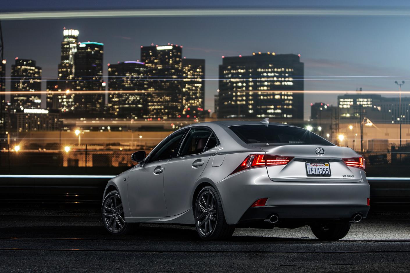 a-closer-look-the-2015-lexus-is350-f-sport-5
