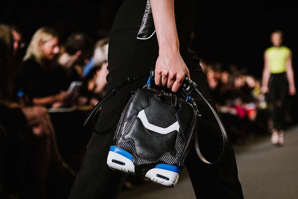 alexander-wangs-womenswear-2015-spring-summer-collection-goes-sneaker-inspiration-1