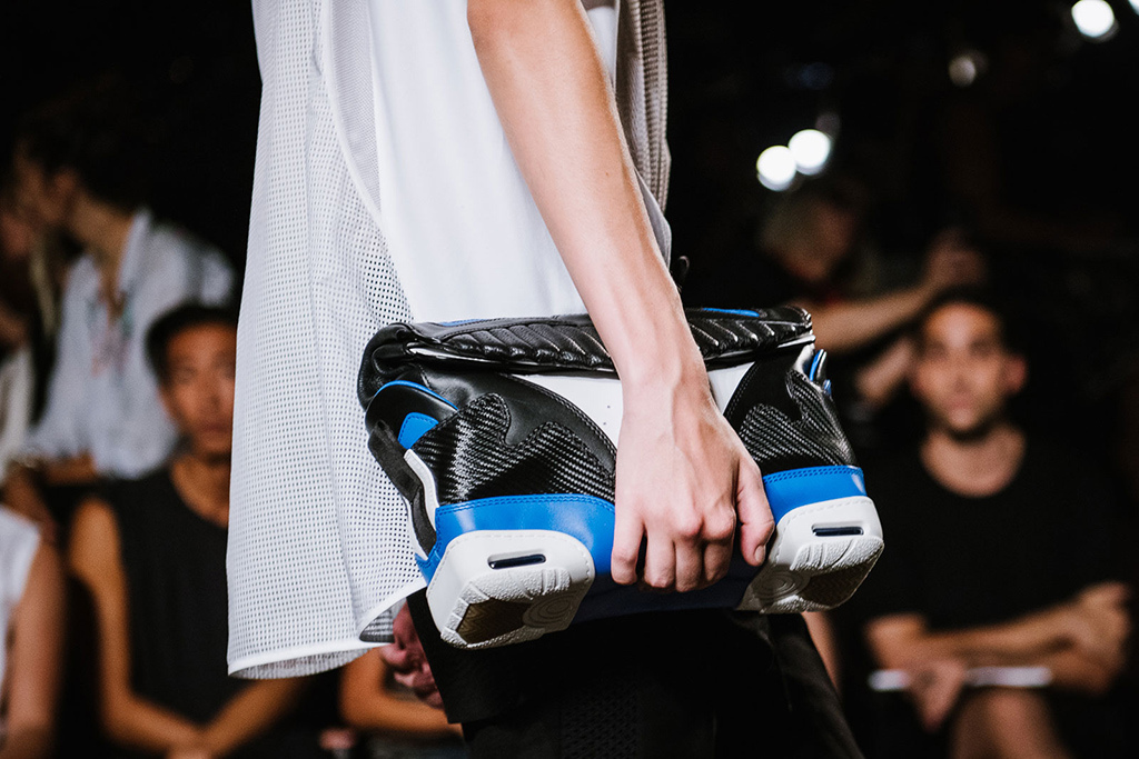 alexander-wangs-womenswear-2015-spring-summer-collection-goes-sneaker-inspiration-4