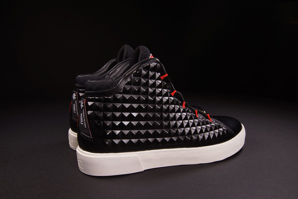 IFWT_nike-lebron-xii-12-nsw-lifestyle-qs-black-red-04