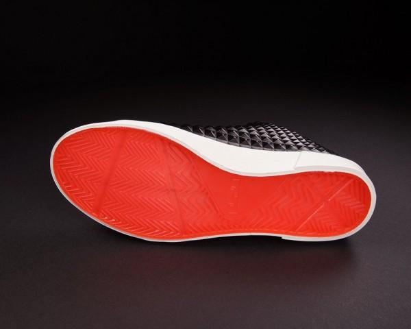 IFWT_nike-lebron-xii-12-nsw-lifestyle-qs-black-red-06-600x480