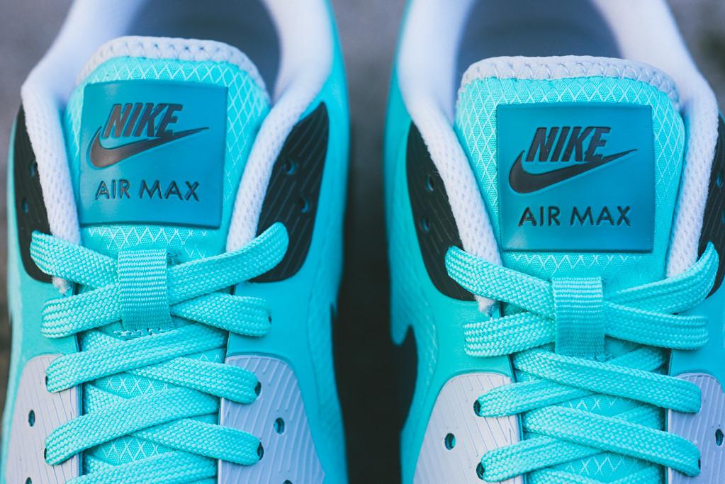 Nike_Air_Max_Lunar90_WR_Sneaker_Politics_10_1024x1024