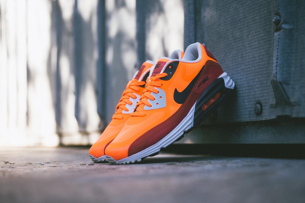 Nike_Air_Max_Lunar90_WR_Sneaker_Politics_13_1024x1024