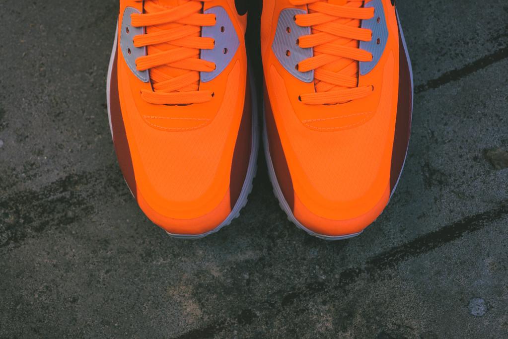 Nike_Air_Max_Lunar90_WR_Sneaker_Politics_6_1024x1024