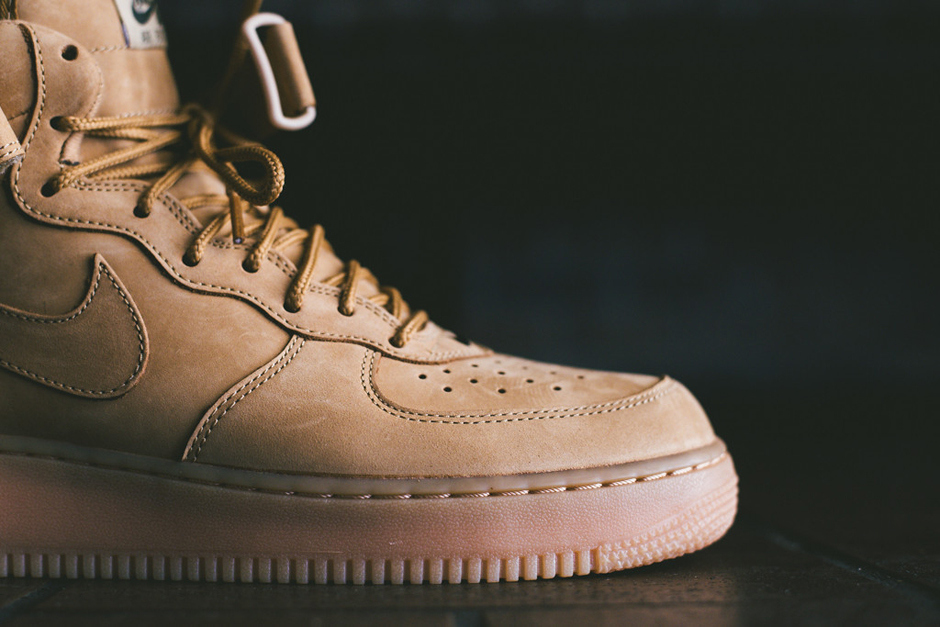 a-closer-look-at-the-nike-air-force-1-mid-nsw-flax-collection-3