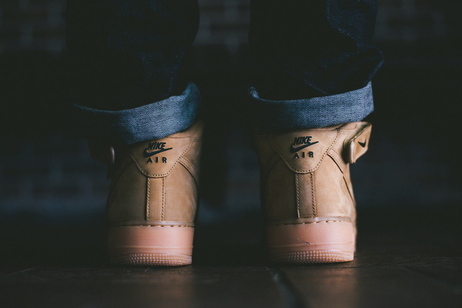 a-closer-look-at-the-nike-air-force-1-mid-nsw-flax-collection-6