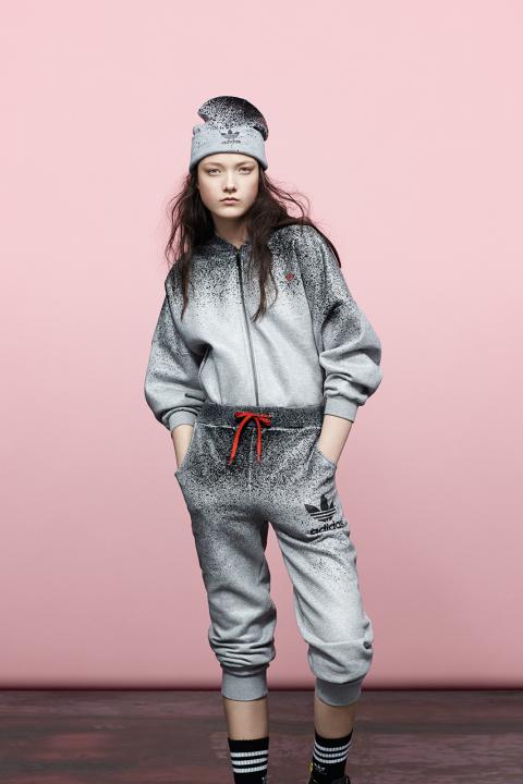 adidas-originals-by-rita-ora-fall-winter-2014-roses-and-spray-packs-5