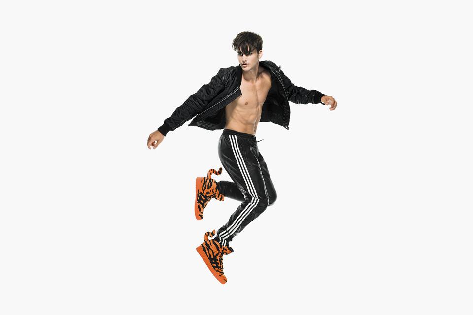 adidas-originals-jeremy-scott-fall-winter-2014-lookbook-14-960x640