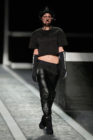 alexander-wang-x-hm-collection-runway-in-new-york-13-300x450