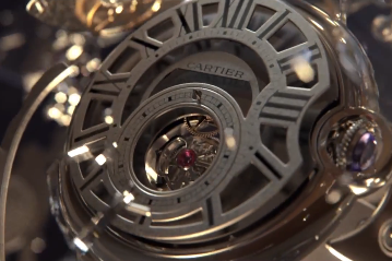 Shape your time, la superbe publicité de Cartier