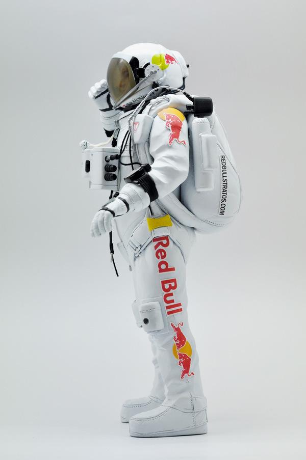 coolrain-felix-baumgartner-astronaut-figure-for-zenith-3
