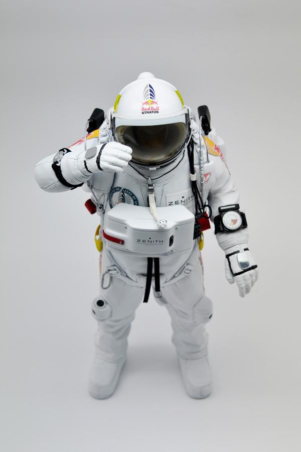 coolrain-felix-baumgartner-astronaut-figure-for-zenith-4