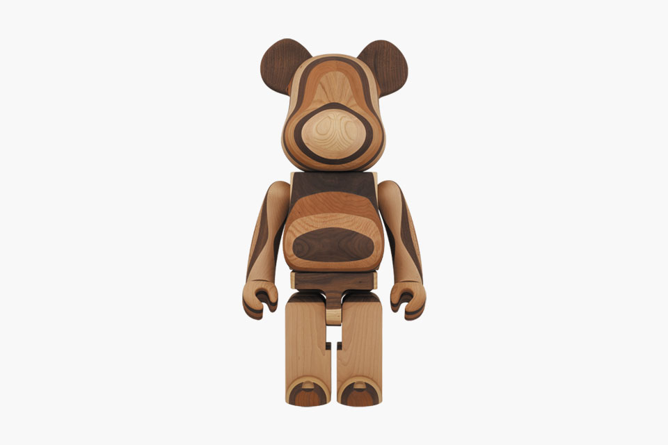 karimoku-medicom-toy-layered-wood-1000-bearbrick-1