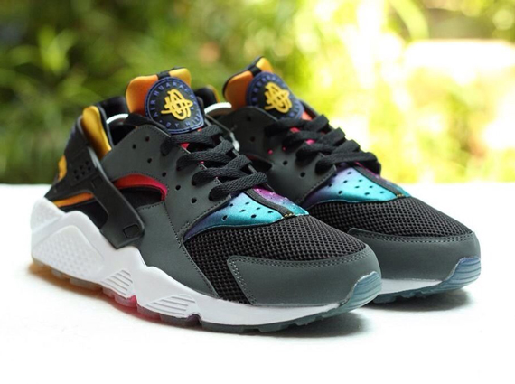 nike-air-huarache-rainbow-neoprene-2