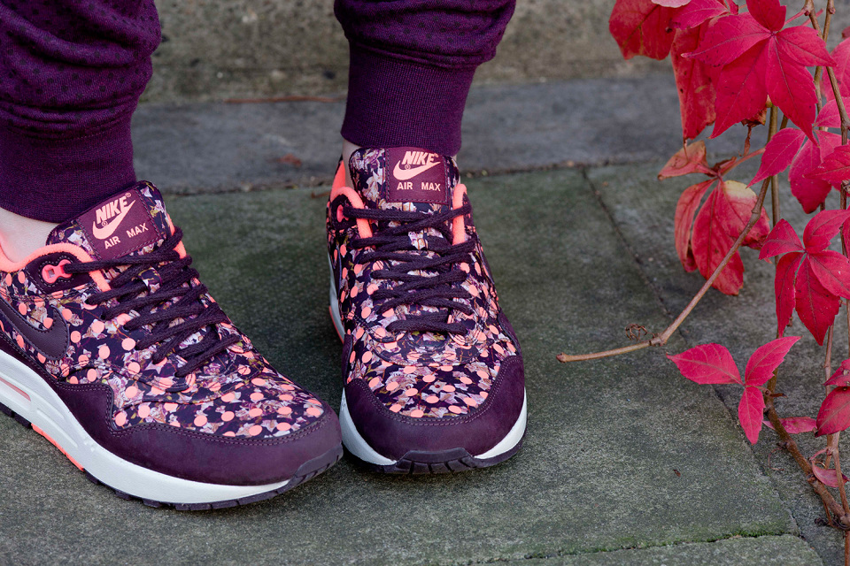nike-liberty-holiday-2014-apparel-collection-05-960x640