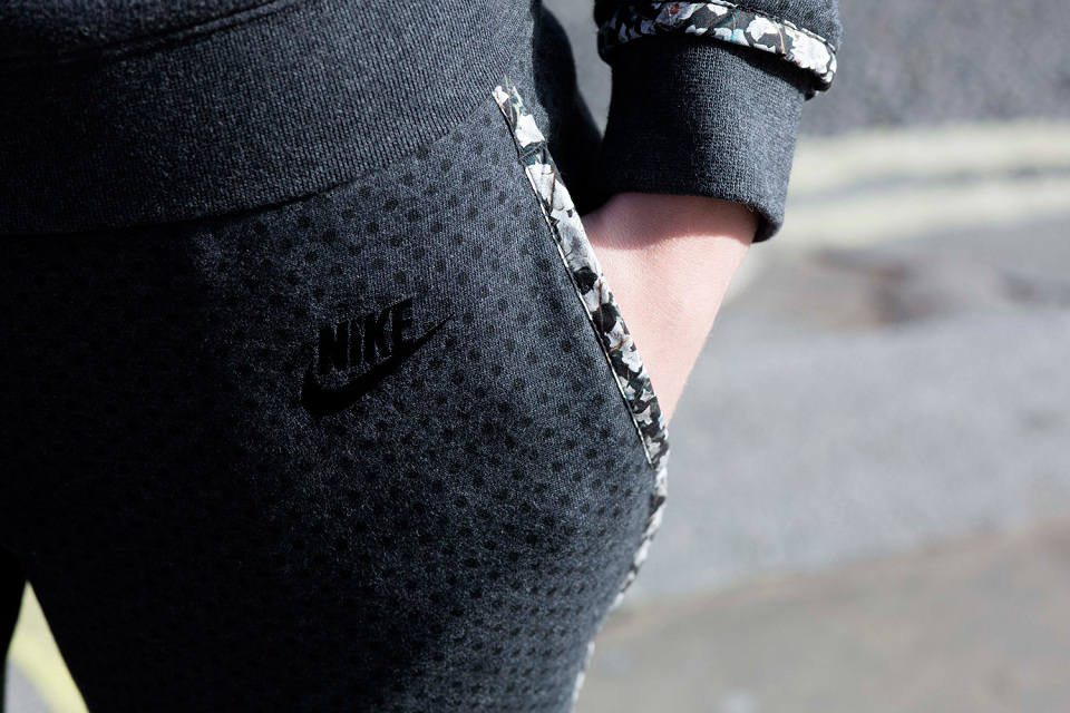 nike-liberty-holiday-2014-apparel-collection-10-960x640